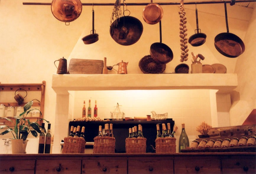 sunstone_winery_kitchen