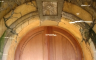 thumbs_sunstone_winery_tasting_room_doorway-1